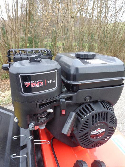 Briggs&Stratton 750-series OHV-Motor mit 163cm³ - Zuverlässigkeit und professionelle Leistung durch professionelle Technik - in diesem Preisniveau sonst nicht zu finden
